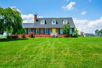 JUST LISTED! 4433 Cherrywood Road, East Bend