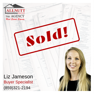 Closing Day for Liz and Her Buyers!