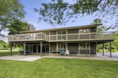 Geneva Lake Access Home with Transferable Boat Slip | N2453 Ara Glen Dr, Lake Geneva WI