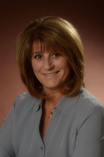 Sandra Scherre, Sales Representative