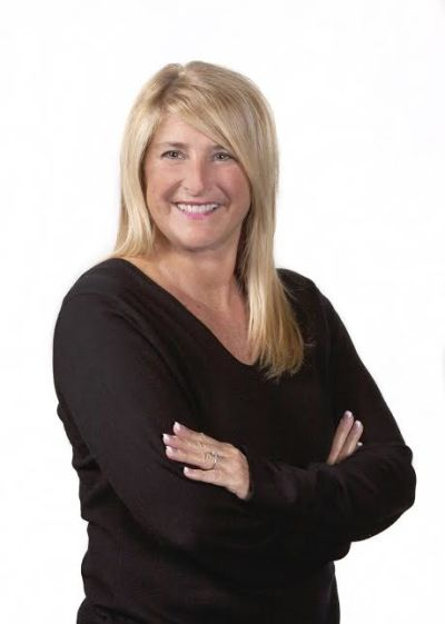 Holly Ritchie, Realtor