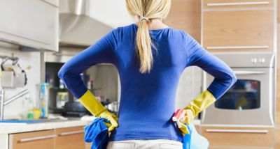 Preparing to Sell Your Home: Staying Clean While Moving! video