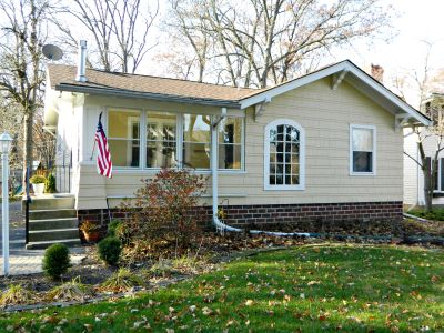 551 Woodlawn Dr Valparaiso $204,500