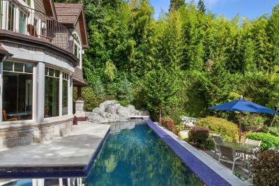 Patti Payne's Cool Pads: Mercer Island waterfront estate listed for $7 million has an infinity pool with swim-up bar