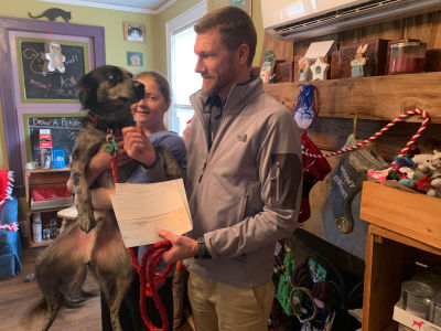 Jared Marsden makes a GIVE BACK to the Colbert Veterinary Rescue Services
