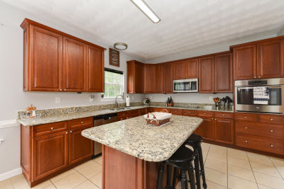 Just Listed in the Hillpoint Farms Community in Suffolk, VA