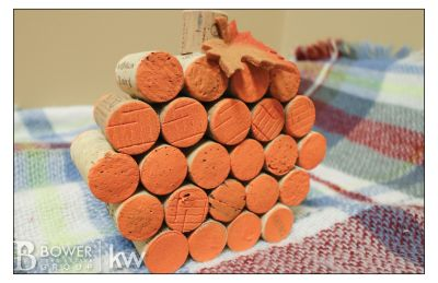 DIY: Wine Cork Pumpkins