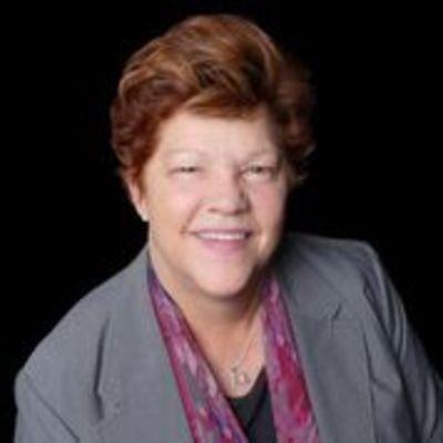 Anita M Evans