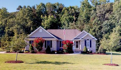 Immaculate Home in Duncan Plantation
