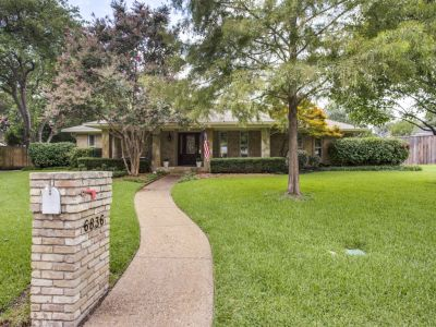 6836 Hillwood Lane, Dallas 75248