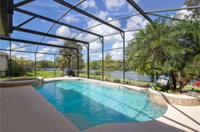 BEAUTIFUL WATERFRONT HOME WITH OVER 4,000 SQUARE FEET!