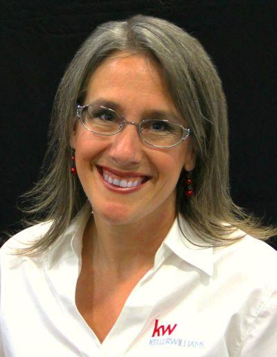 Kristin D. Smith | Principal Broker Licensed in the state of Oregon