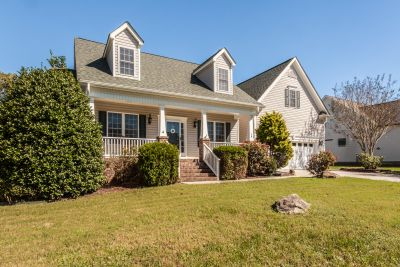 Just Listed in Youngsville!