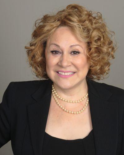 Adriana Marin