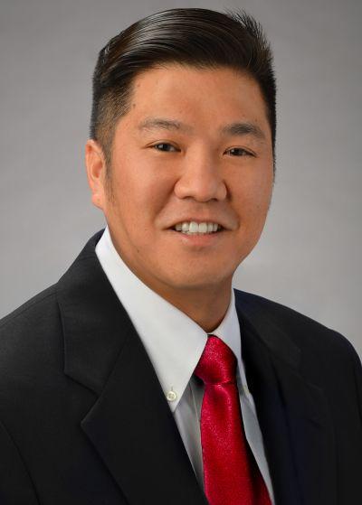 Dean H Ueda