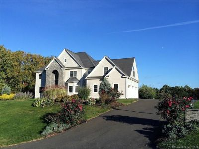 Featured Listings of the Week in Southington