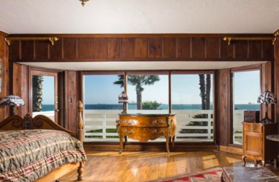 House Crush: Dream House on the sand in Long Beach