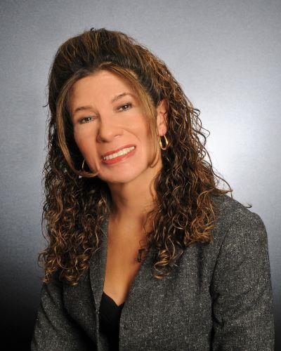 Laura Bellisario