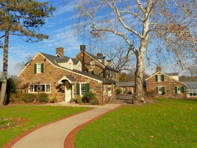 4 Tips for Winter Lawn Upkeep