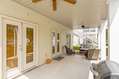 Condo in gated community on the Diversion Canal