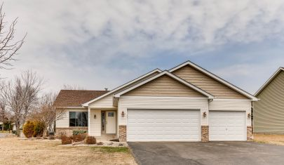 5419 193rd St. Farmington – Great Location!!