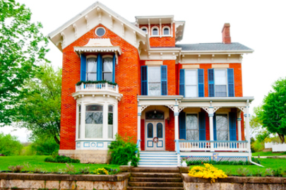 4 Things To Consider When Buying An Older Home