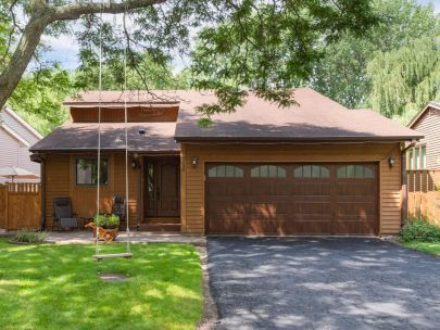 5549 Knoll Drive | Shoreview, MN 55126