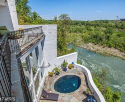 Hottest Luxury Listings in Arlington