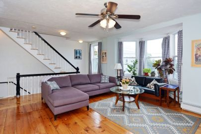 For Sale: Spacious 4BR Townhouse on Salem Neck!