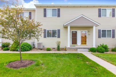 Prairie Creek Condominium – 2108 S. Second St., Morton