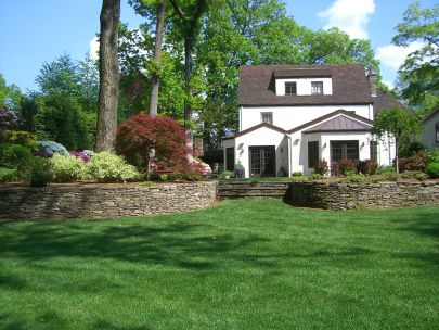 5 Bedroom Colonial set on almost an acre