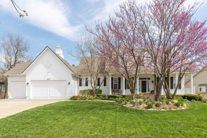 Great NEW PRICE! Gorgeous 5BR Colonial Home on Beautiful Treed Lot!