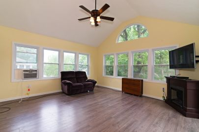Spacious 4 Bedroom Ranch Open Sunday 8/18