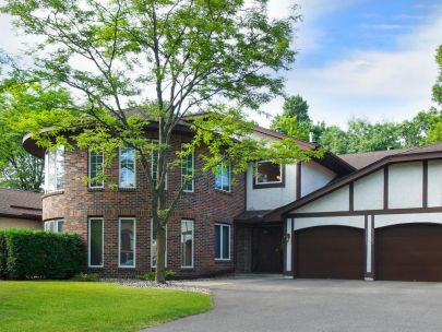 SOLD: 15681 Sussex Drive, Minnetonka $143900
