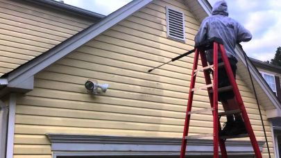 Reasons to Power Wash Your Home Before Putting It On the Market
