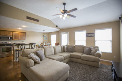 5 Tips for Living in Your House While You are Trying to Sell It