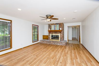 Well-maintained 3BR home in Central