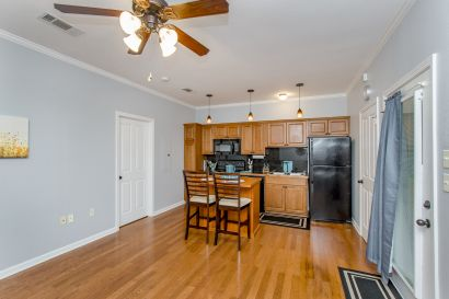 One bedroom condo close to LSU for sale