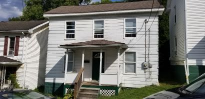 28 Hill St, Frostburg, MD 21532