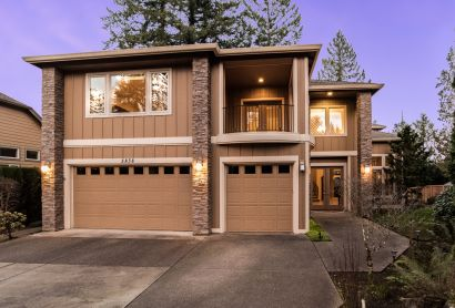 AVAILABLE NOW! Camas Luxury Home