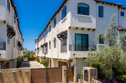 OPEN HOUSE | Today! | 1pm – 4pm | 5939 W Luna Park LA