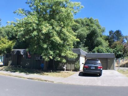 TWO UNITS – DUPLEX BEAVERTON PROPERTY