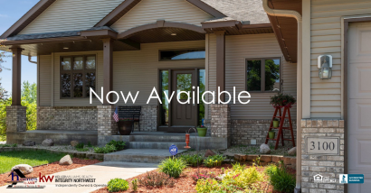 Amazing Golf Course View Home Available in Oak Grove MN