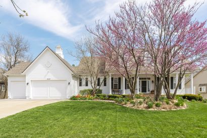 Lenexa NEW PRICE in time for the Weekend!