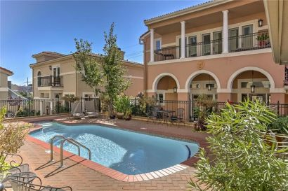 Town House For Sale Country Club Plaza