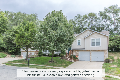 Captivating Duplex in Platte City: Stop Looking and Start Calling!
