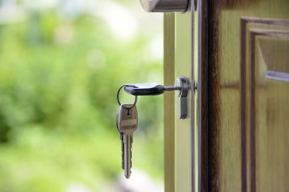 Keep Your Home Safe from Burglars When You're on Vacation