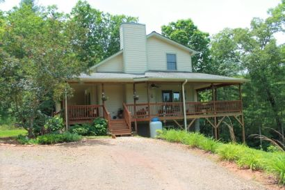 Creek Frontage Home in Franklin, NC