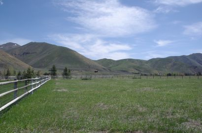 Panoramic Views Surround This 1.15 Acre Bellevue Lot