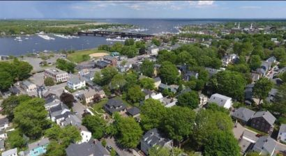 Home buyers navigate rough sea of North Shore real estate market